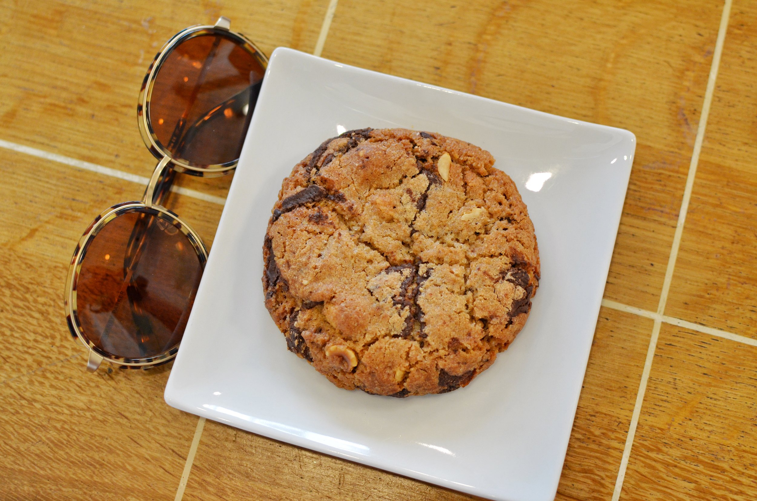 Chocolate walnut cookie- This cookie had the perfect amount of sweetness to saltiness (due to the nuts)which I loved since it was the first thing I ate that morning.