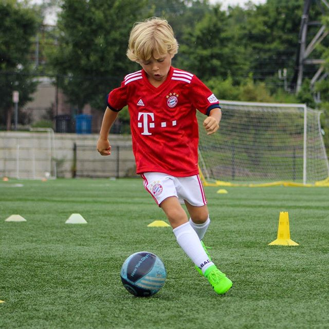 It may be raining today but it's not damping our spirts at camp. ⚽️🌧❤️⚽️🌧❤️⚽️🌧❤️ #Soccer #soccergame #soccerball #soccerlife #soccercleats #SoccerPlayer #soccerislife #soccerskills #soc#soccerlovecertraining #soccerteam  #soccerboots #soccerfan #soccerplayers #adidas #nike #soccerstar #soccertime #soccerjersey #soccermatch #soccerpractice #camp #camp #greenwich #coscob #westcherster #numberone #newyork #littlekickers