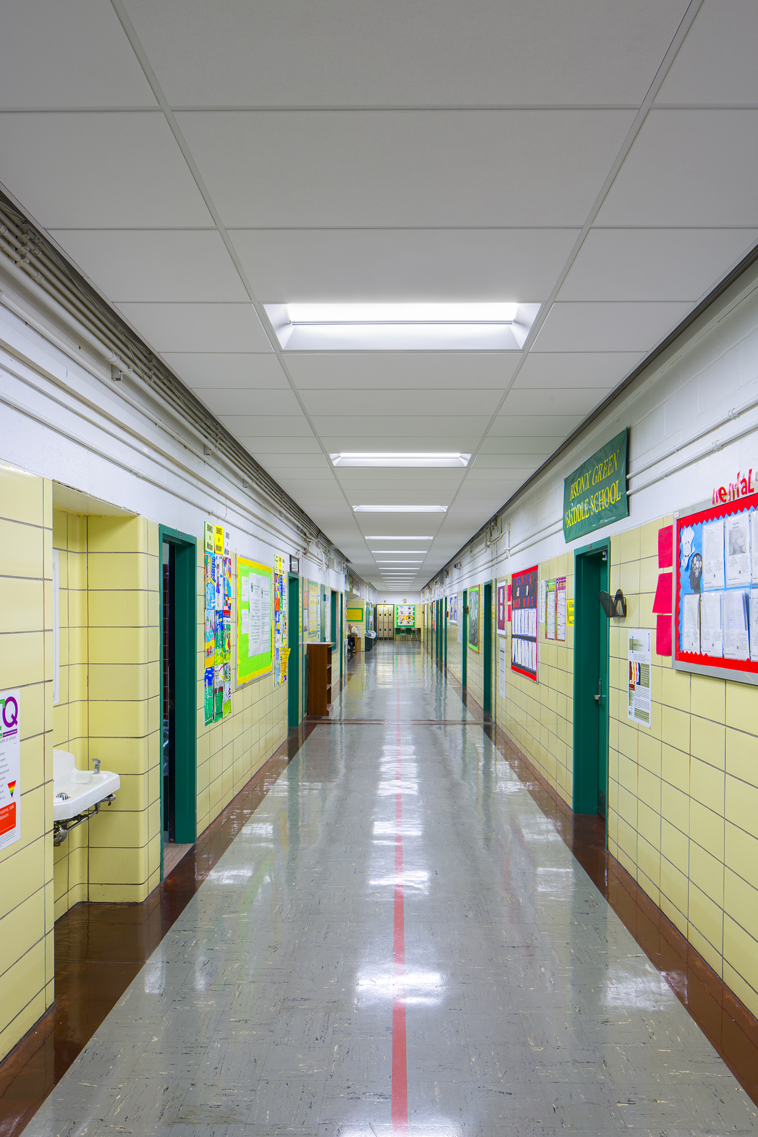 IS 322X Corridor