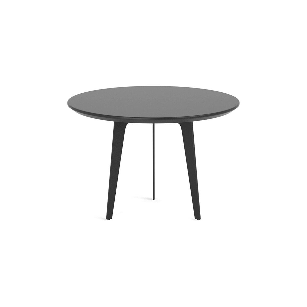 飞镖的咖啡桌