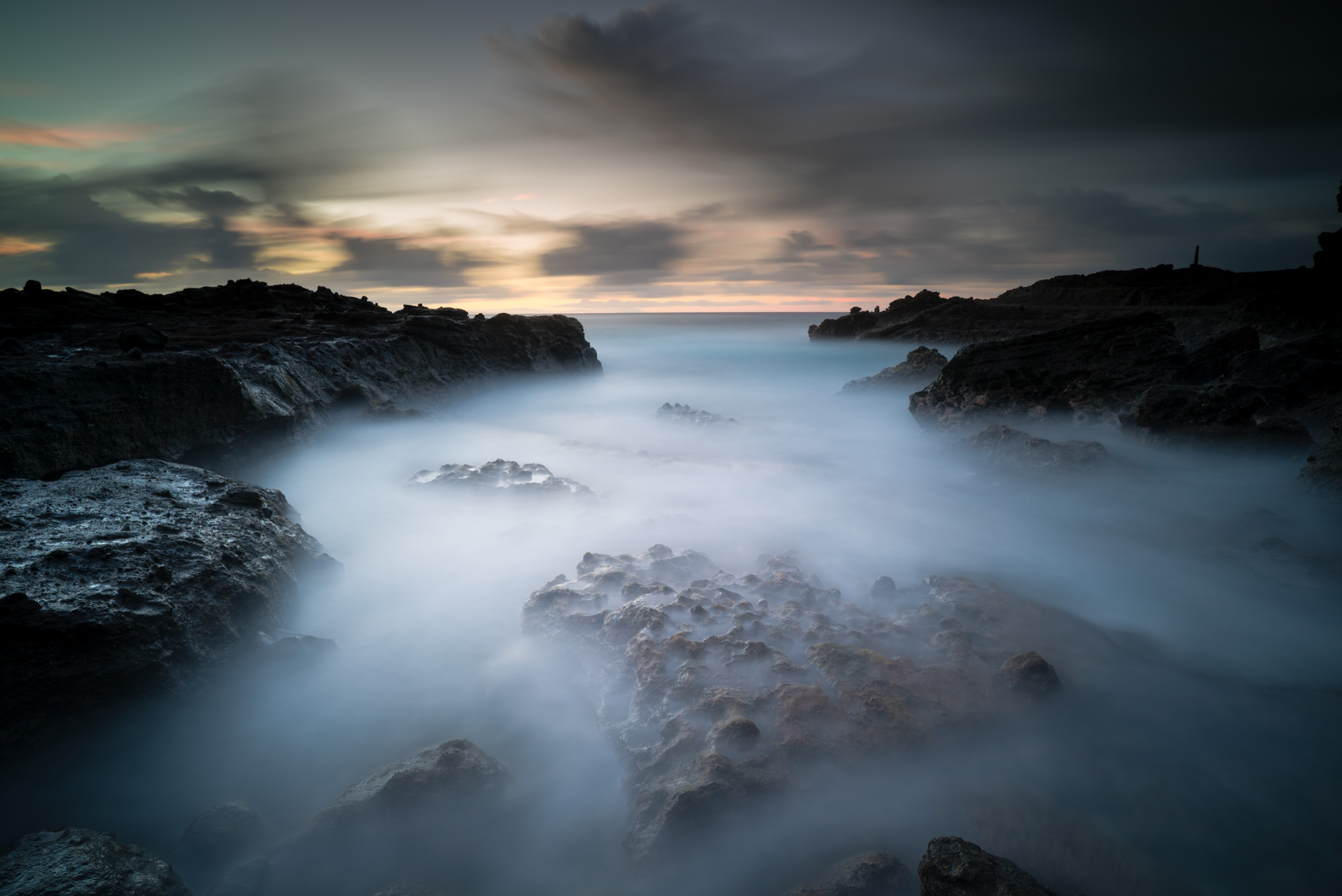 Sandy Beach Park Lee Filter Big Stopper & 3 stop medium grad Sony A7S II    |    181 sec.    |    f/8   |    ISO 50    |    Zeiss Batis 18mm  Edited in Lightroom CC 2015  Copyright 2016 Ryan Sakamoto, All rights reserved