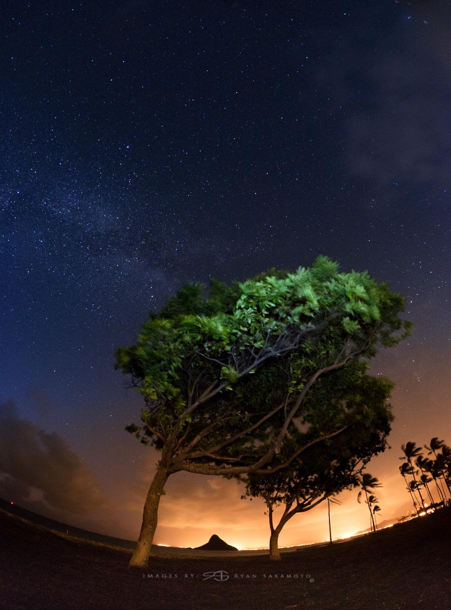 Sunrise from Kualoa Beach Park,Hawaii  Fuji XT2  |  20 sec. |  f/8  |  ISO 640  |   Rokinon 8mm F2.8 UMC Fisheye II    Edited in Lightroom & Photoshop CC 2017 Copyright 2017 Ryan Sakamoto, All rights reserved
