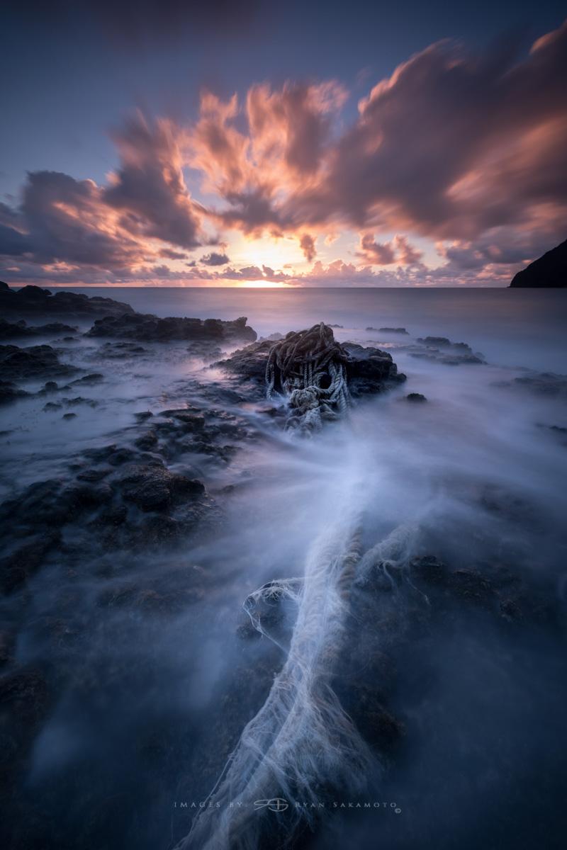 Sunrise,Honolulu, Hawaii  Fuji XT2     60 sec.    f/8     ISO 200      Fujinon XF 10-24mm f/4 R OIS  Edited in Lightroom & Photoshop CC 2017 Copyright 2017 Ryan Sakamoto, All rights reserved