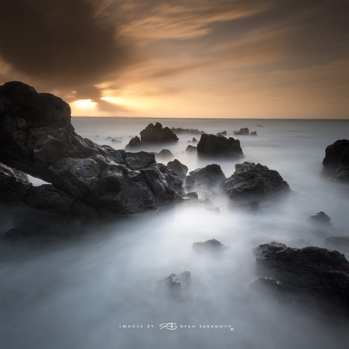 Sunrise from Sandy Beach Park, Honolulu, Hawaii  Fuji XT2  |  60 sec. |  f/8  |  ISO 160 | Fujinon XF 10-25mm F/4 R OIS @10mm   BREAKTHROUGH stacked filters, 3-stop soft GND, 3-stop reverse grad & 10-stop ND  Edited in Lightroom & Photoshop CC 2017 Copyright 2017 Ryan Sakamoto, All rights reserved