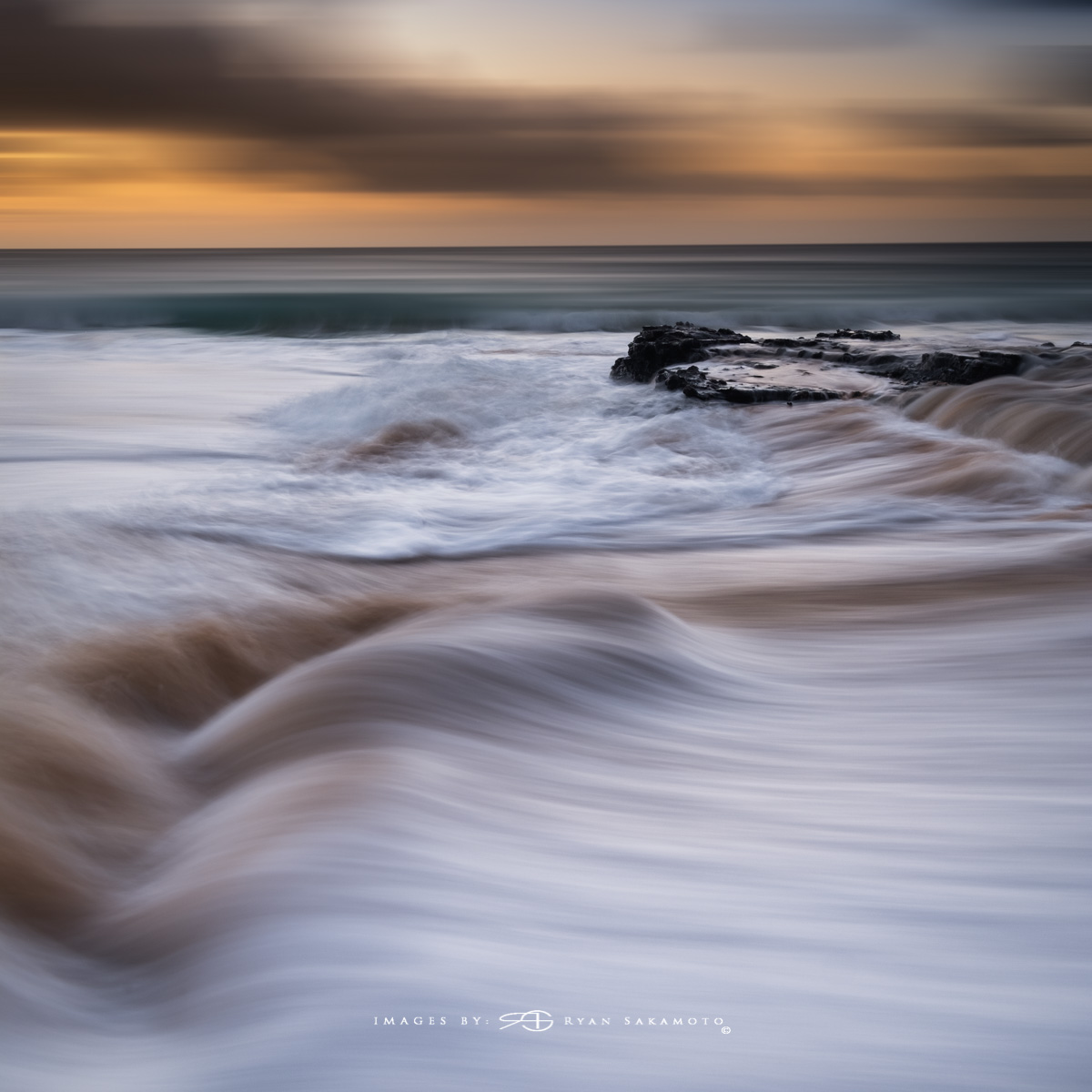 Sunrise from Sandy Beach Park, Honolulu, Hawaii  Fuji XT2    |    0.8 sec.    |    f/8   |   ISO 100 |   Fujinon XF 10-25mm F/4 R OIS    BREAKTHROUGH PHOTOGRAPHY X4 stacked filters, 3-stop soft 100x150mm GND, 3-stop hard reverse 100x150 Grad & 6-stop 100mm ND  Edited in Lightroom Classic CC 2018 Copyright 2017 Ryan Sakamoto, All rights reserved