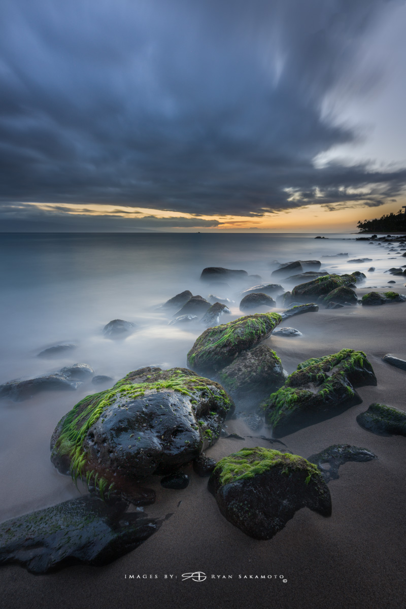Sunset Maui, Hawaii  Sony A7R III    |      181 sec.    |  f/8  |   ISO 50   |   Sony FE 16-35mm GM F/2.8       BREAKTHROUGH PHOTOGRAPHY X4 stacked filters, 10-stop 100x100mm ND & 3 stop reverse GND   |   Single Frame  Edited in Lightroom Classic & Photoshop CC 2018 Copyright 2018 Ryan Sakamoto, All rights reserved