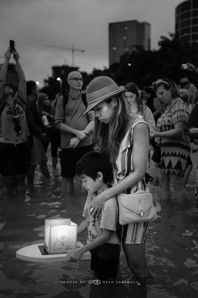 Lantern Floating Hawaii, Ala Moana Beach Park 2016