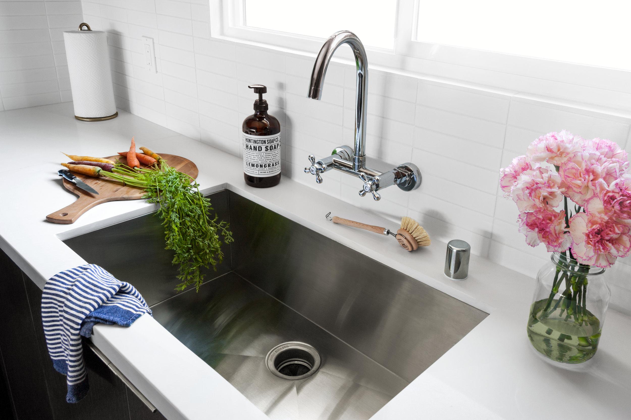 interior-photography-modern-white-kitchen.jpg