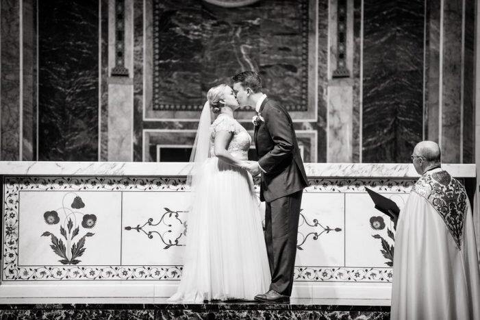 Carnegie-Institution-Wedding-DC-Kurstin-Roe-Photography-41-701x467.jpg