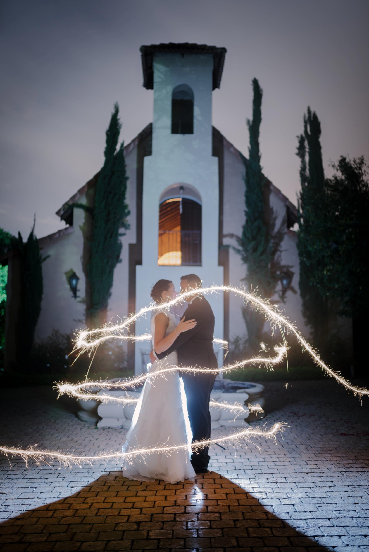 wedding photography, The Moon and Sixpense, wedding photos, beautiful bride, exquisite wedding, sparkler, night photo