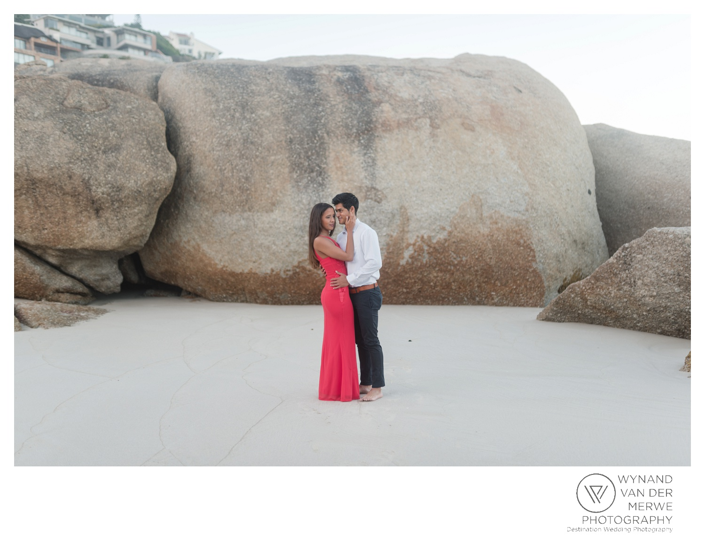 WvdM_engagementshoot_engaged_couple_prewedding_llandudno_cliftonbeach_beach_formal_southafrica_weddingphotographer_greernicolas-6.jpg