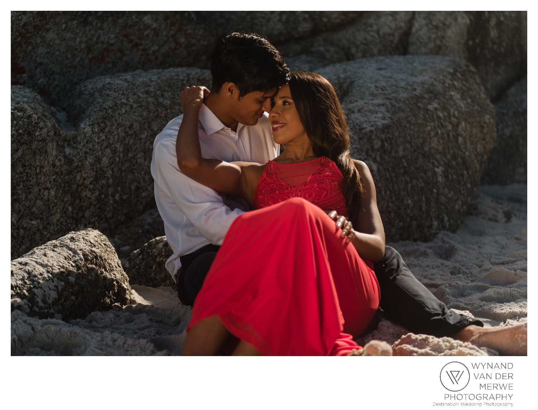 WvdM_engagementshoot_engaged_couple_prewedding_llandudno_cliftonbeach_beach_formal_southafrica_weddingphotographer_greernicolas-110.jpg