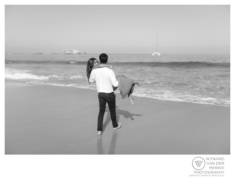 WvdM_engagementshoot_engaged_couple_prewedding_llandudno_cliftonbeach_beach_formal_southafrica_weddingphotographer_greernicolas-119.jpg