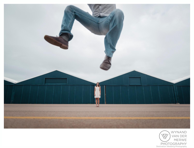WynandvanderMerwe_weddingphotography_engagementshoot_wonderboomairport_aeroplane_klaasjanmareli_gauteng_2018-4.jpg