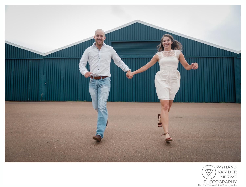 WynandvanderMerwe_weddingphotography_engagementshoot_wonderboomairport_aeroplane_klaasjanmareli_gauteng_2018-5.jpg