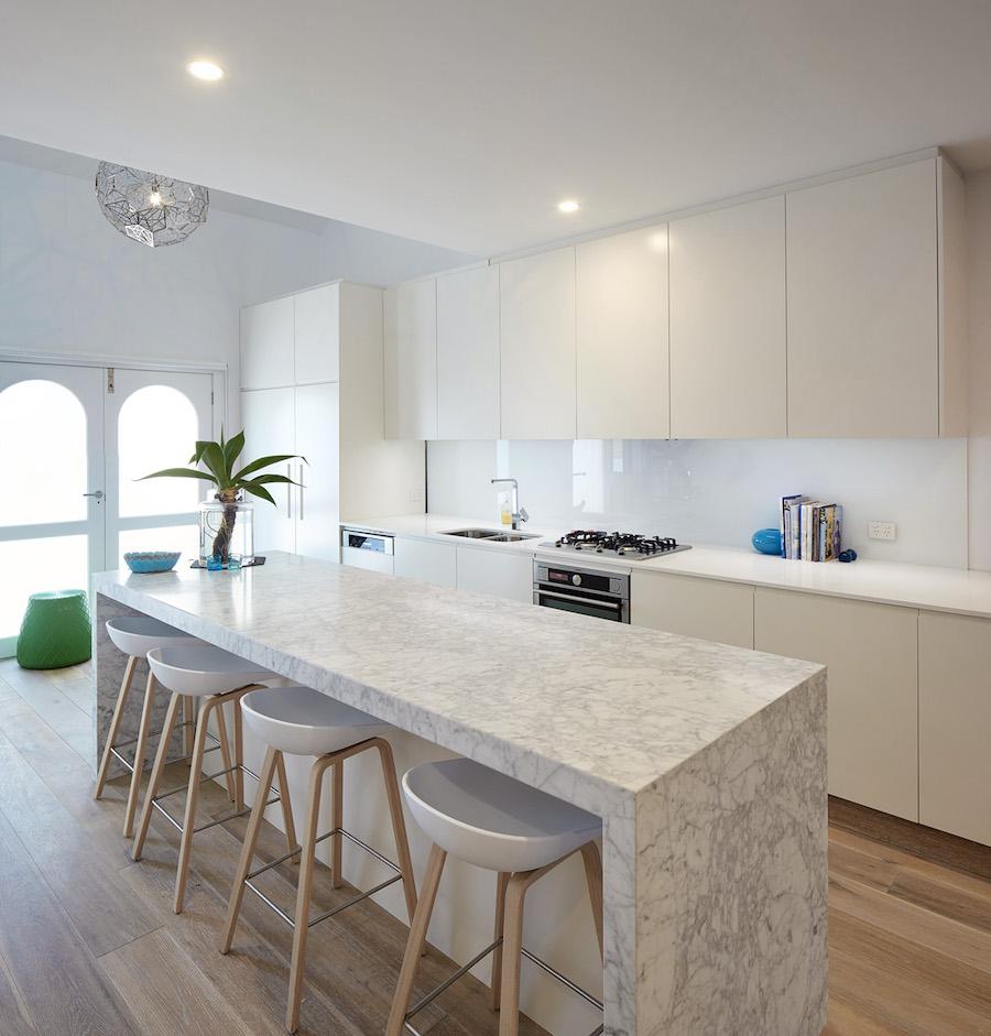 View-Street-Woollahra-kitchen-island.jpg