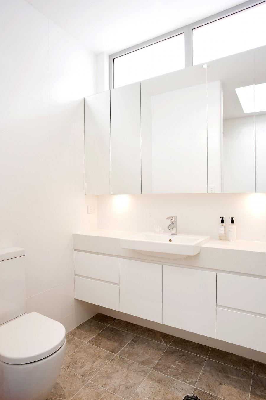 Neutral-Bay-semi-bathroom-website.jpg