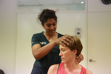 A physio from a physiotherapist clinic can help you with whiplash and neck pain