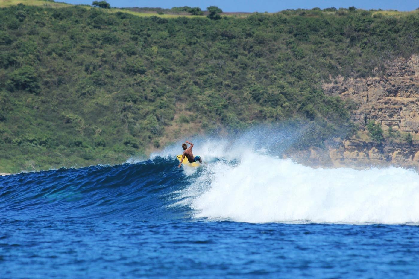 ekas lombok indonesia - nalua surf camp