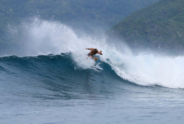 Surf-mawi-lombok