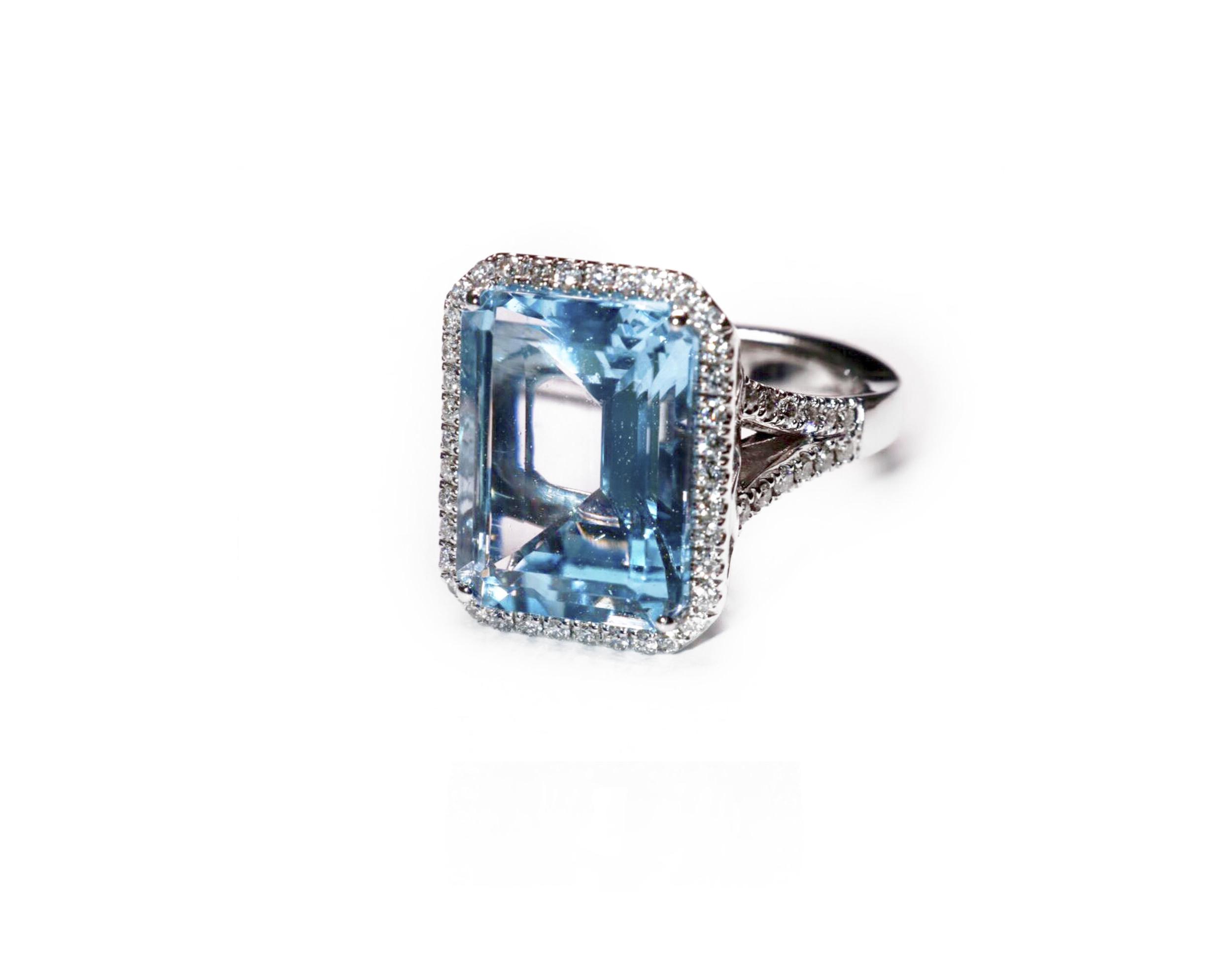 Paradiz Topaz & White Diamonds