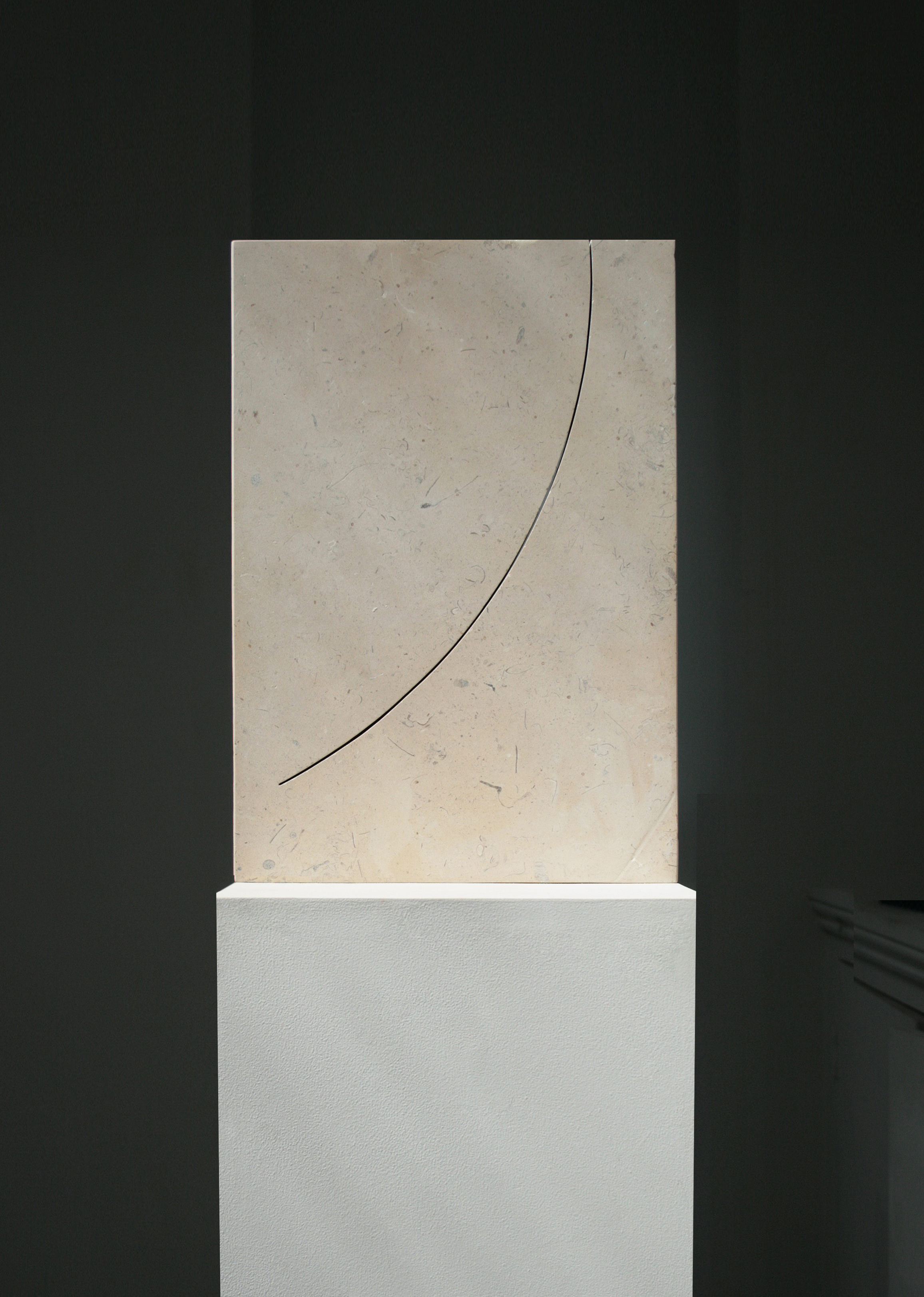 A PURE UNTROUBLED LINE IV  (after Iris Murdoch)  2019  Lincolnshire limestone – silver bed  34.5 x 23.5. x 4.0 cm