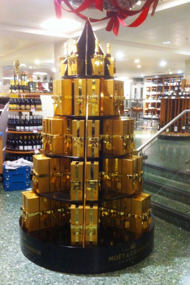 MOET CHRISTMAS TREE - WAITROSE OXFORDSTREET 2011.jpg
