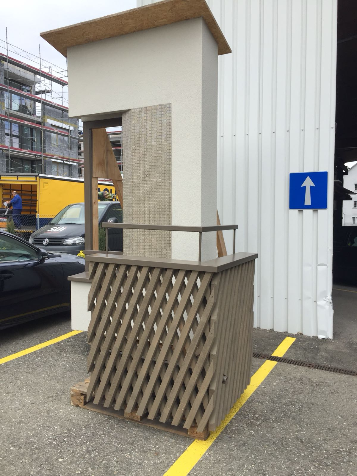 Holz-Metall-Balkon.JPG