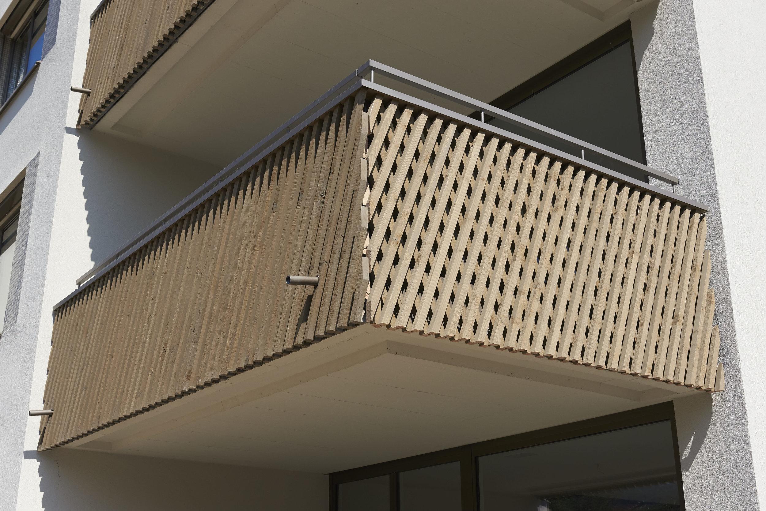Holz-Metall Balkongeländer
