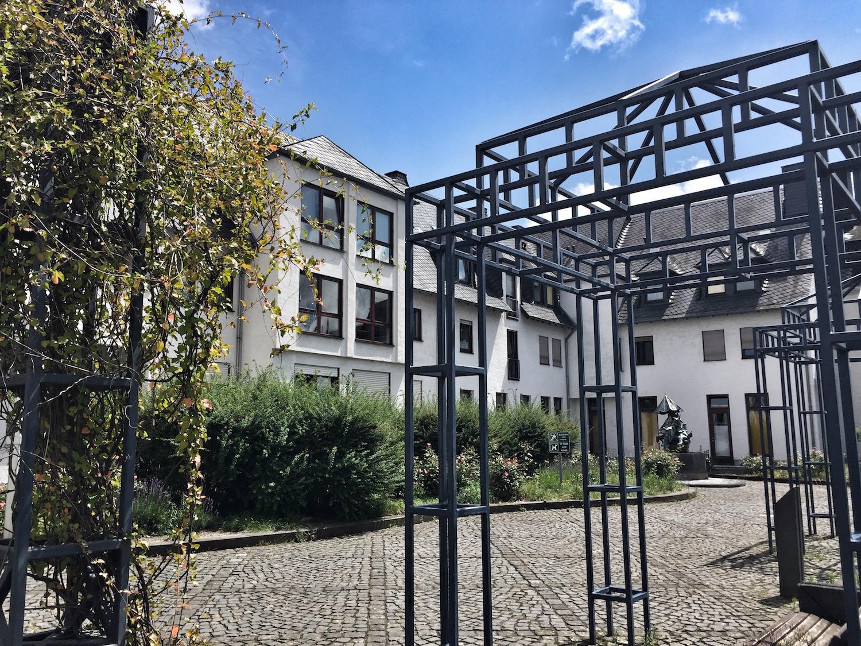 Rheinquartier_Innenhof.jpg