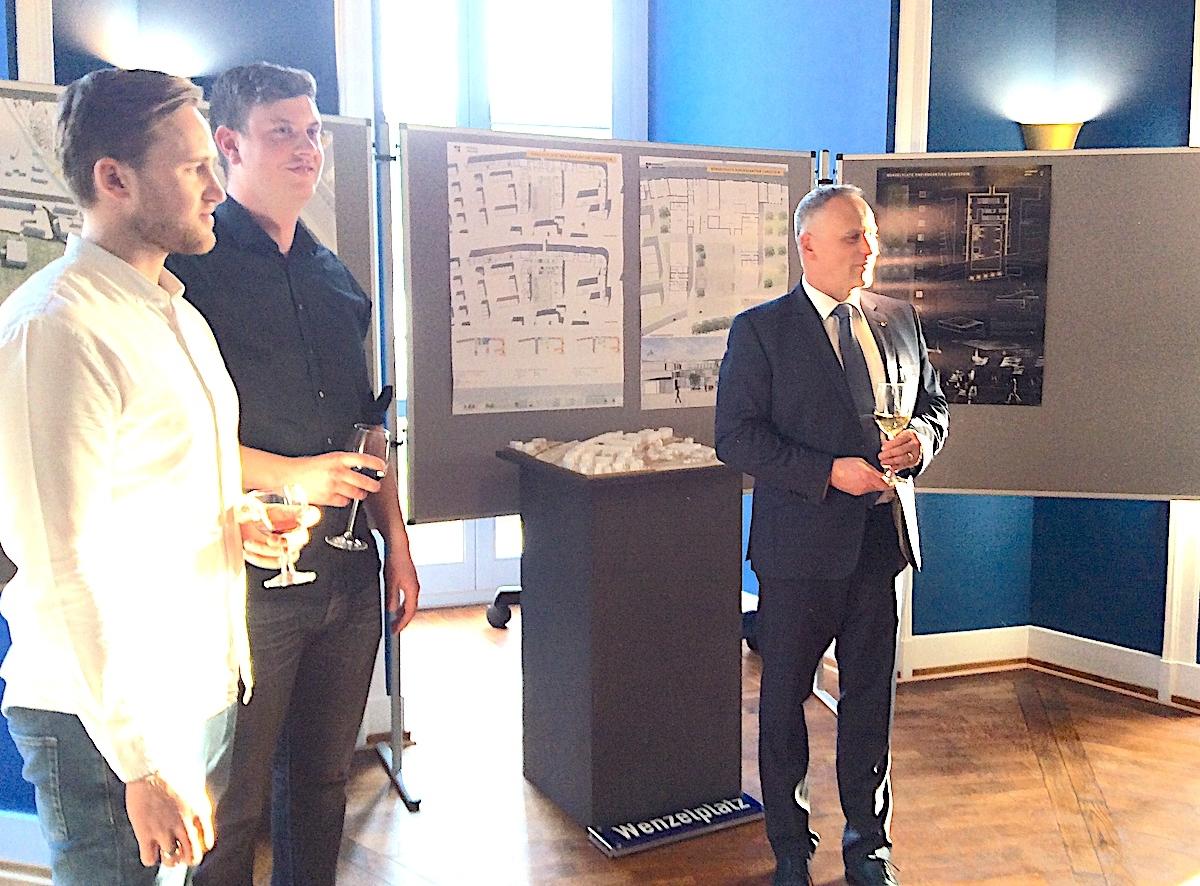 Würdigung des Siegers: Architekturstudenten Felix Jung und Jan Kubasta