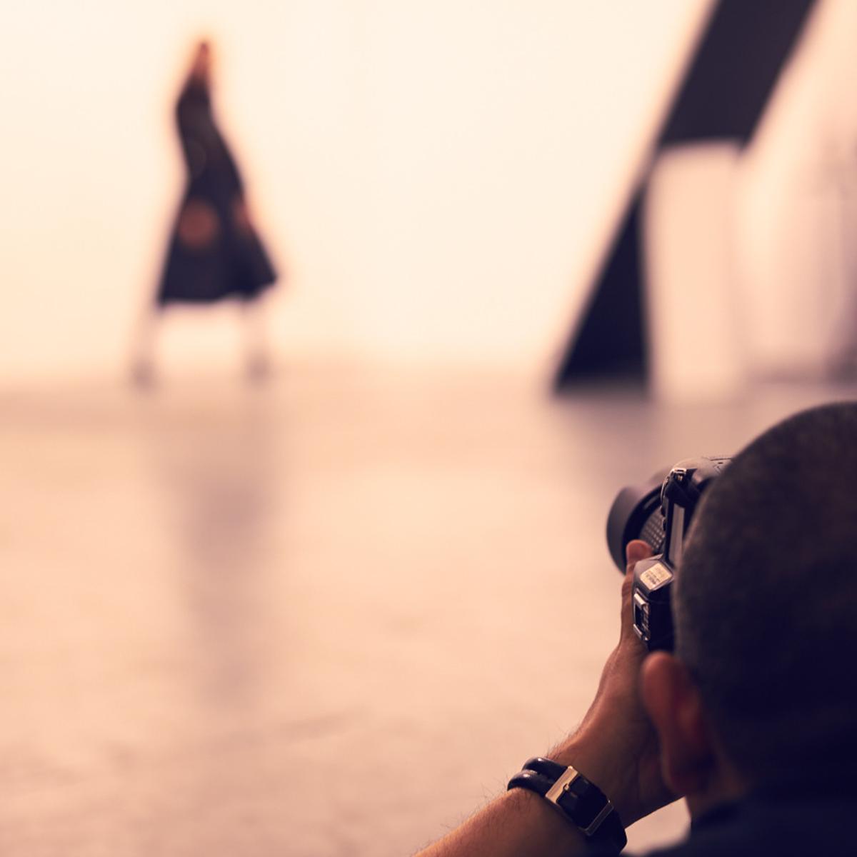 London-photographer-JC-Candanedo-Grey-Pistachio-Fashion-Corporate-Portraits-Headshots-Blog-Creative-Industry-London-black-friday-sales-deals-offers-shopping.jpg