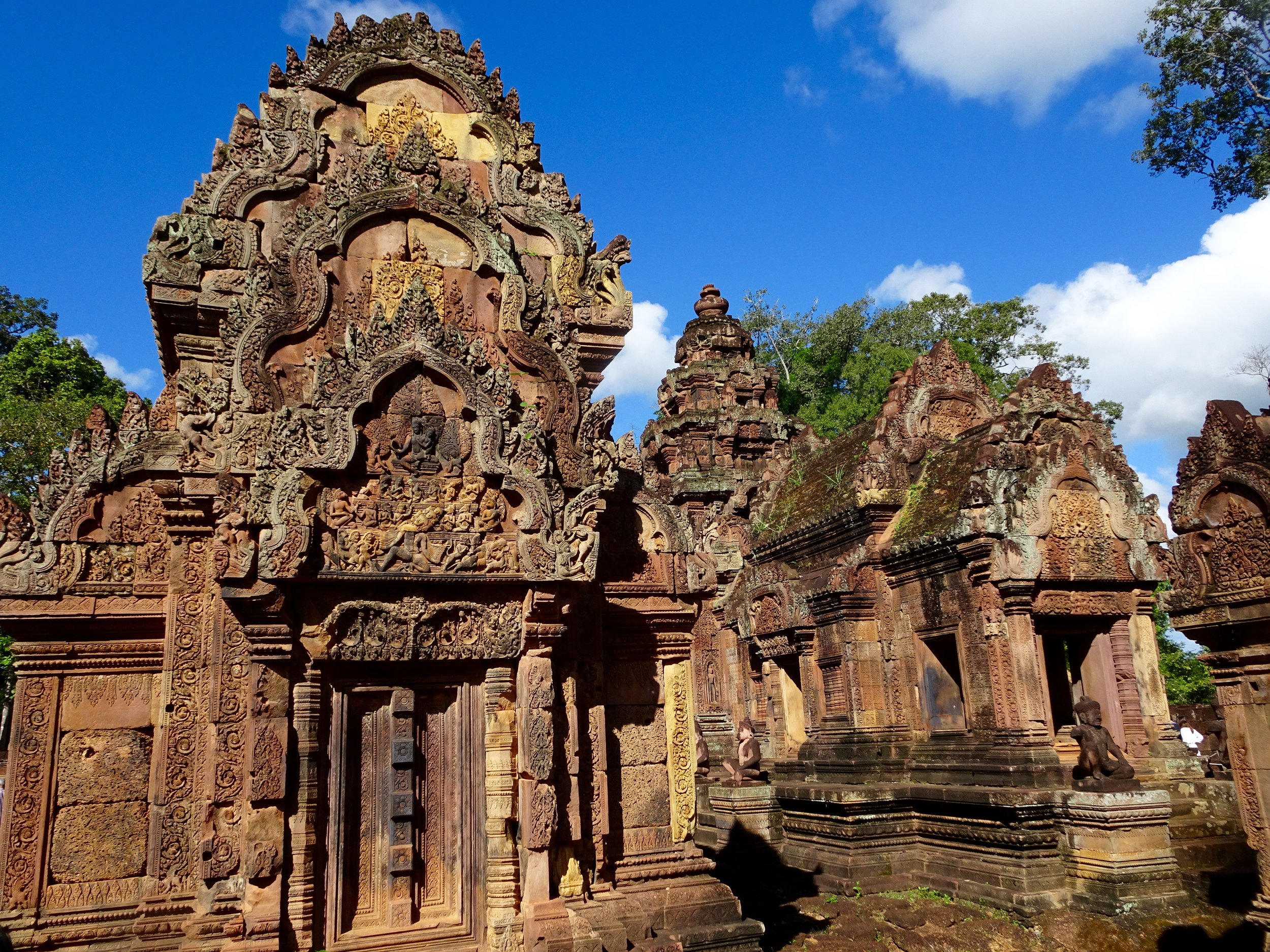 BANTEAY SREI, ANGKOR WAT TEMPLE COMPLEX, SIEM REAP, CAMBODIA - M.QUIGLEY