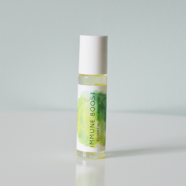 LUXE APOTHECARY  IMMUNE BOOST ESSENTIAL OIL ROLL ON AROMATHERAPY