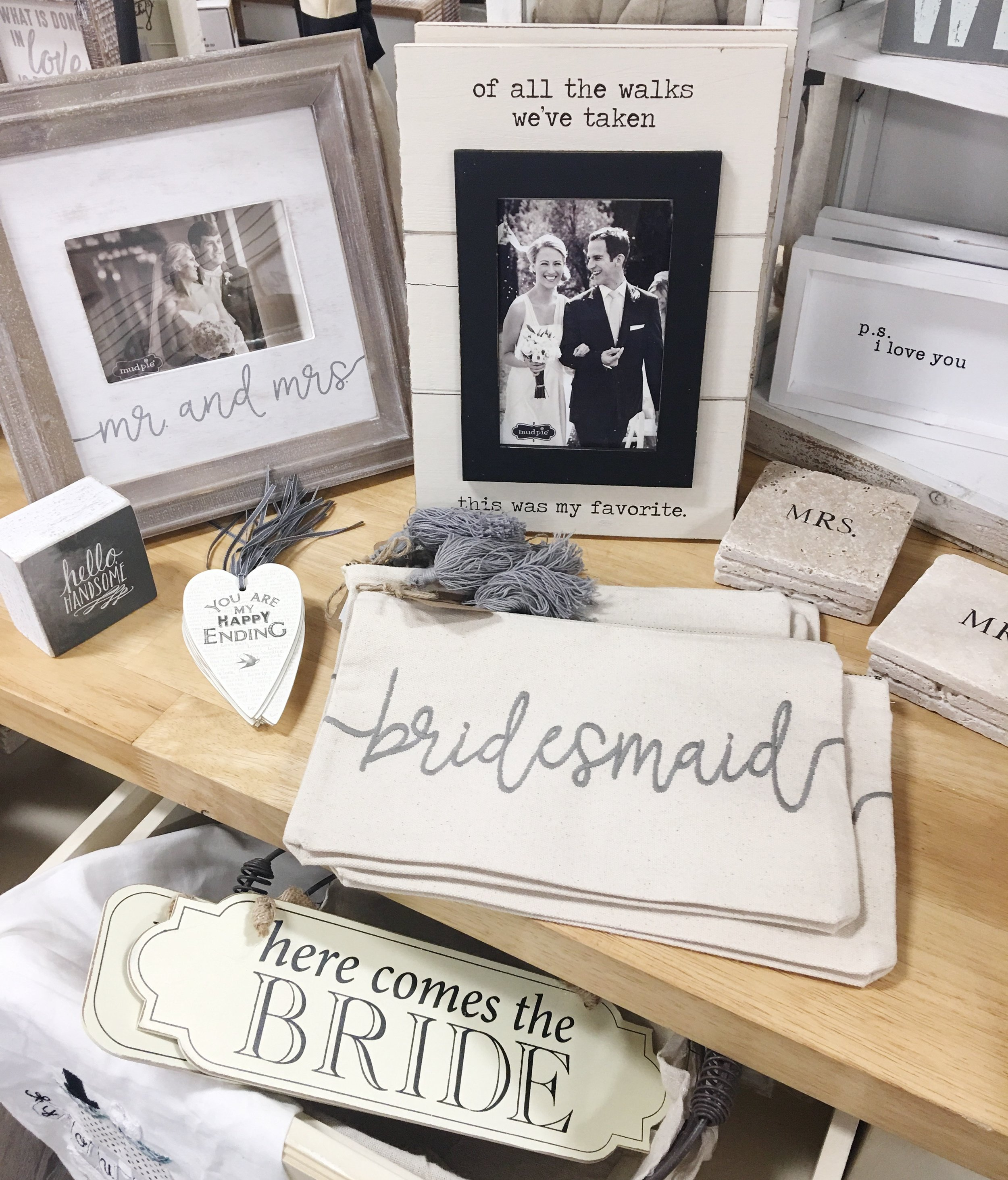 bridal wedding shower gifts