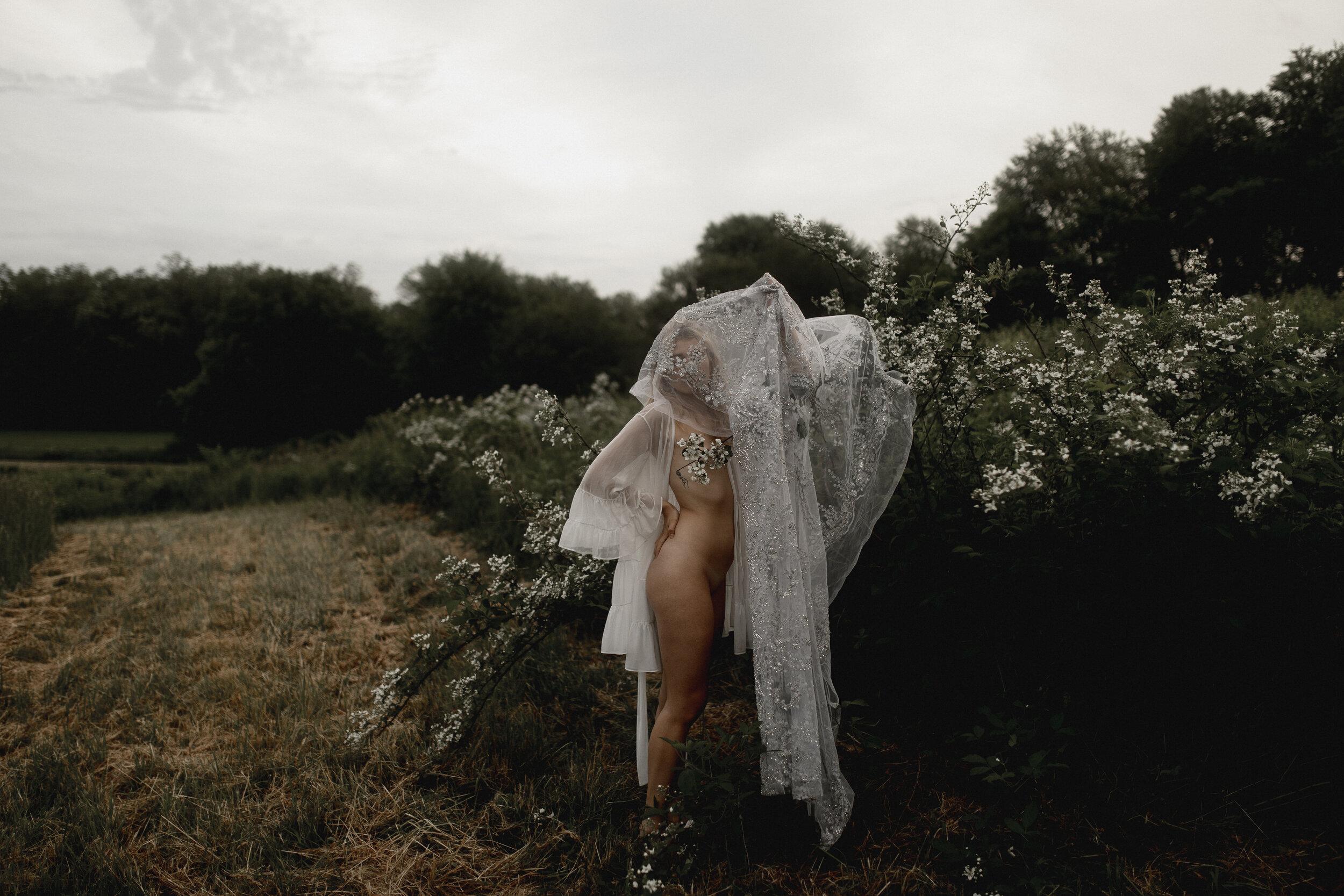 moon goddess boudoir session-301.jpg