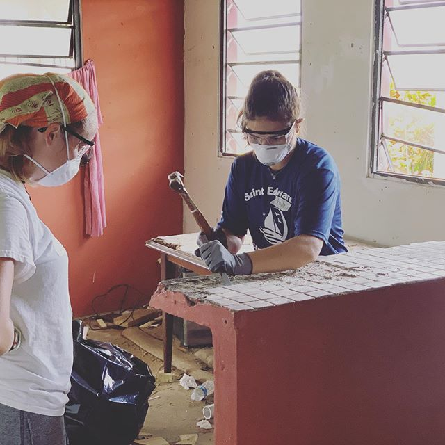 Work day number 2 here in Puerto Rico doing hurricane recovery work on houses with @ccovb_youth.  We're grateful to partner with @sbppuertorico. They are doing a great work getting families back in their homes.  Puerto Rico... Beautiful people. Beautiful island.  #puertorico 🇵🇷