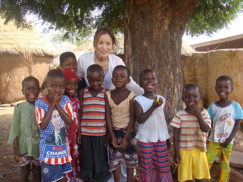 AK with Bognayili Kids
