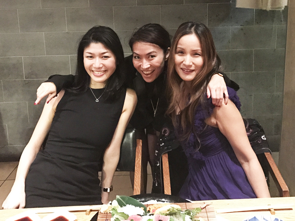 Owner, Reika Yo in the center