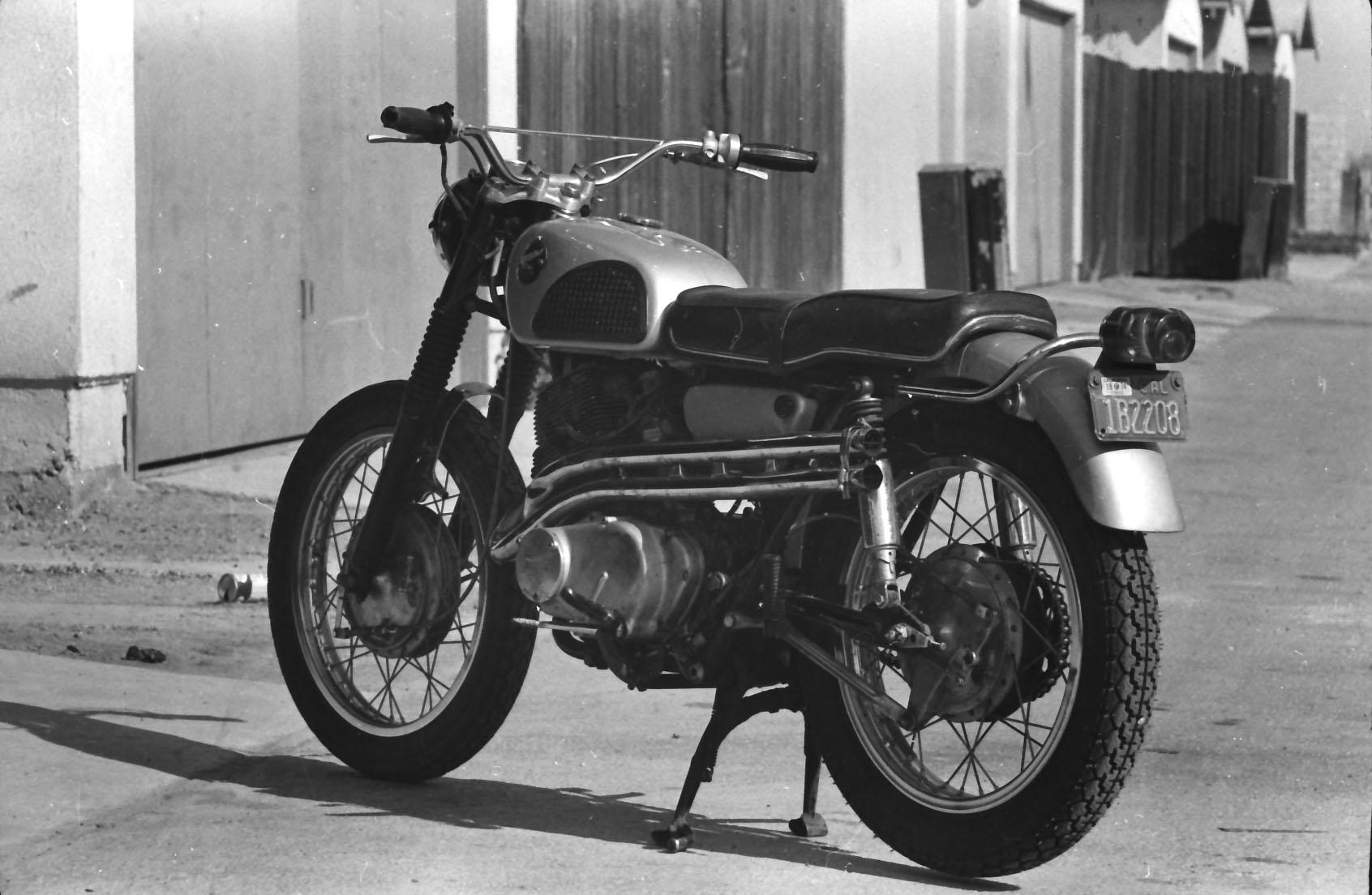 1966 Honda 305 Scrambler Restoration