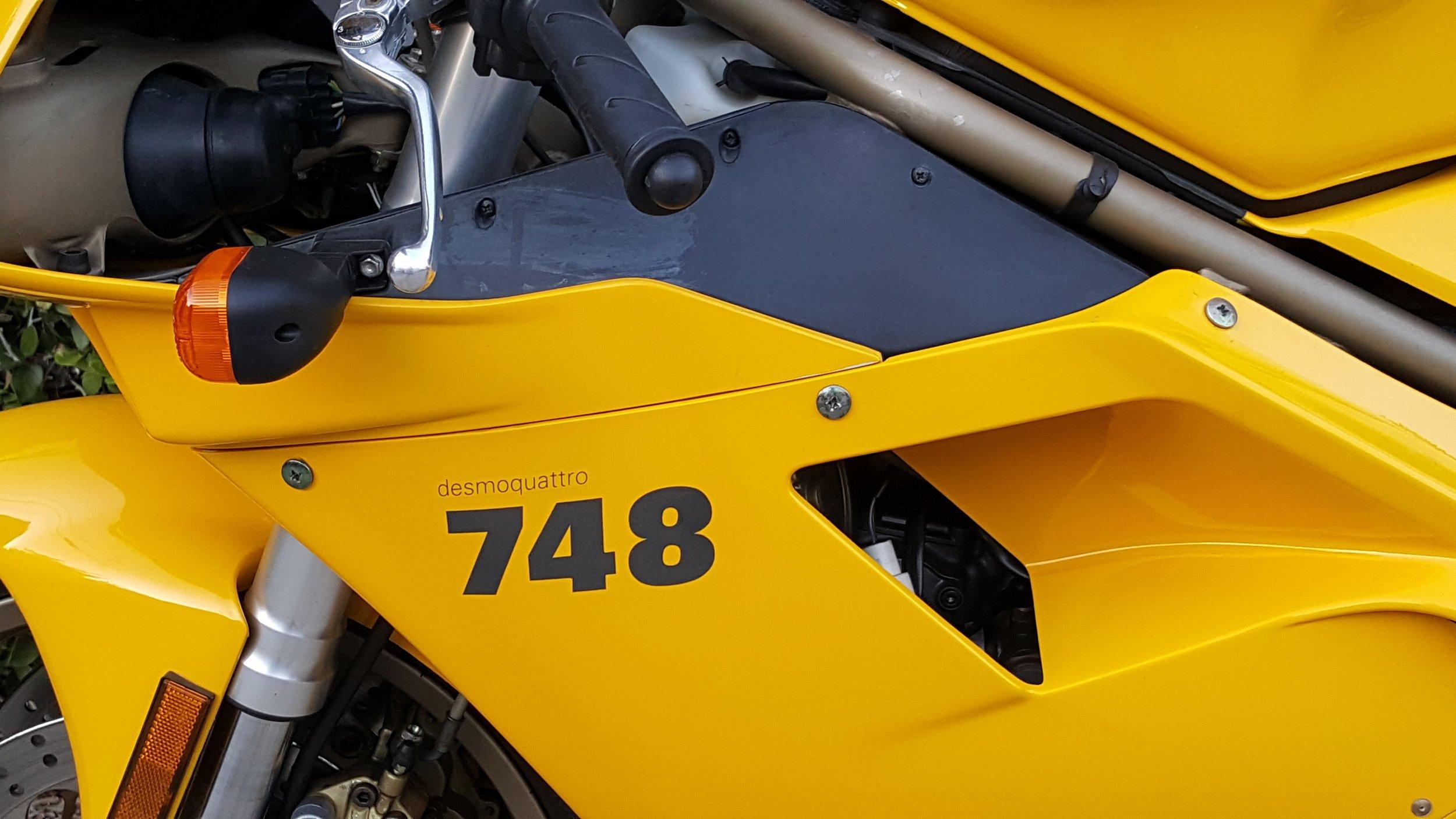 Ducati 748-916 side panel.jpg