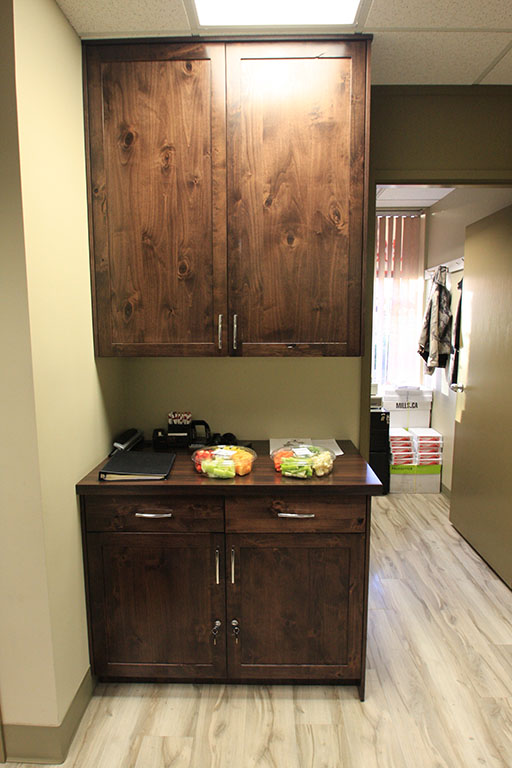 KIS_office_reception_cabinetry_002.jpg