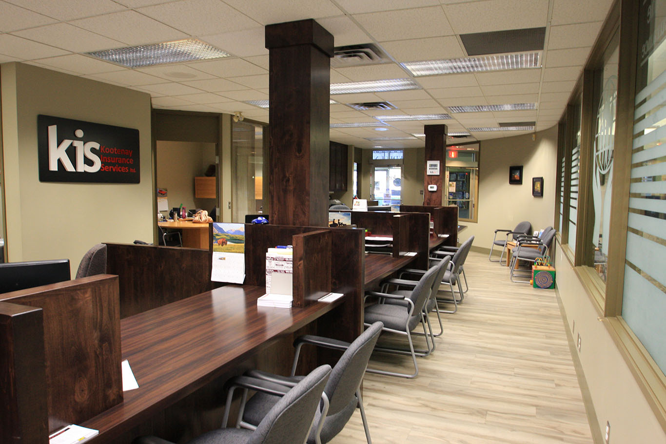 KIS_office_reception_cabinetry_009.jpg