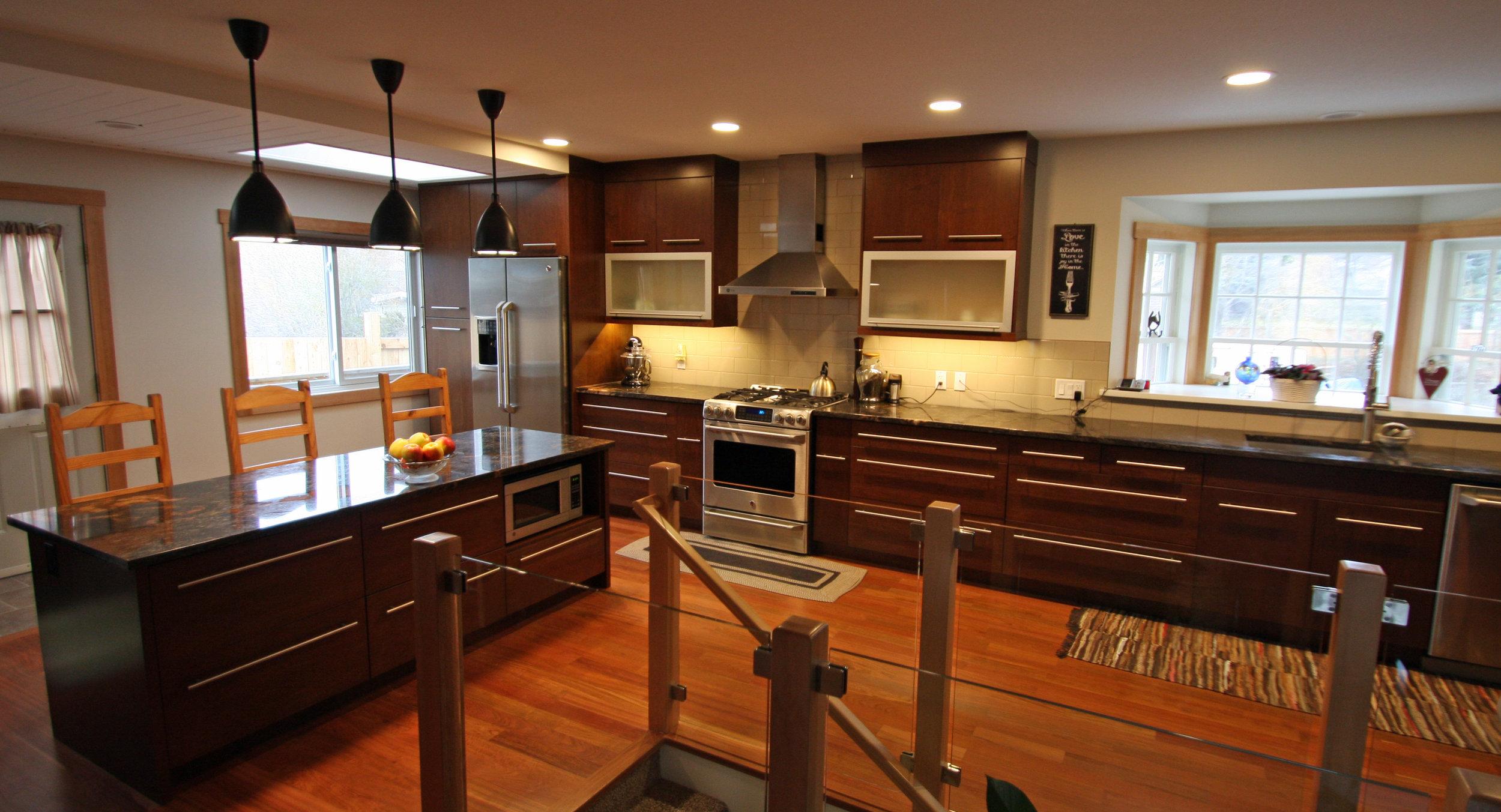 Gipman Millwork Modern Stainless Steel Kitchen 012.jpg