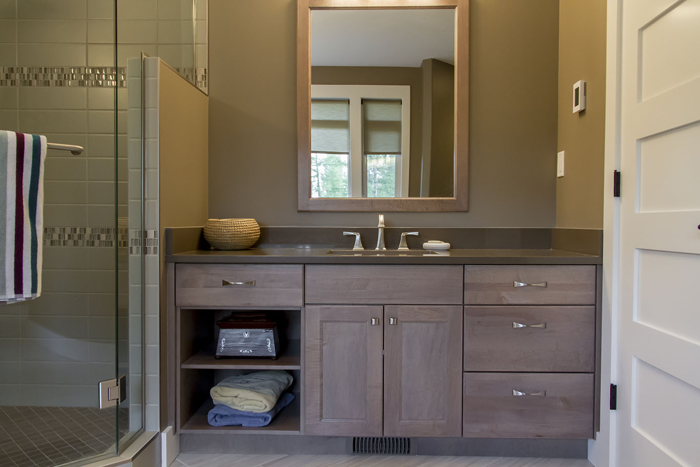 Bathroom-vanity-custom-cabinetry-countertops