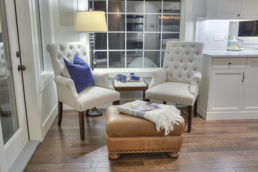 interior design with white.jpg