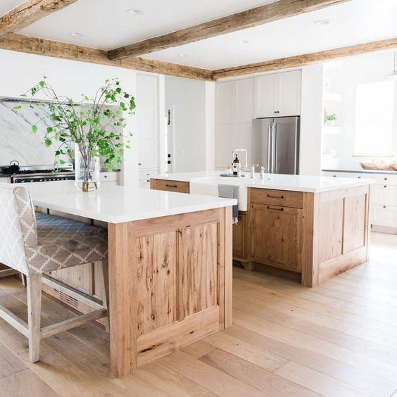 wood-kitchen-cabinets.jpg