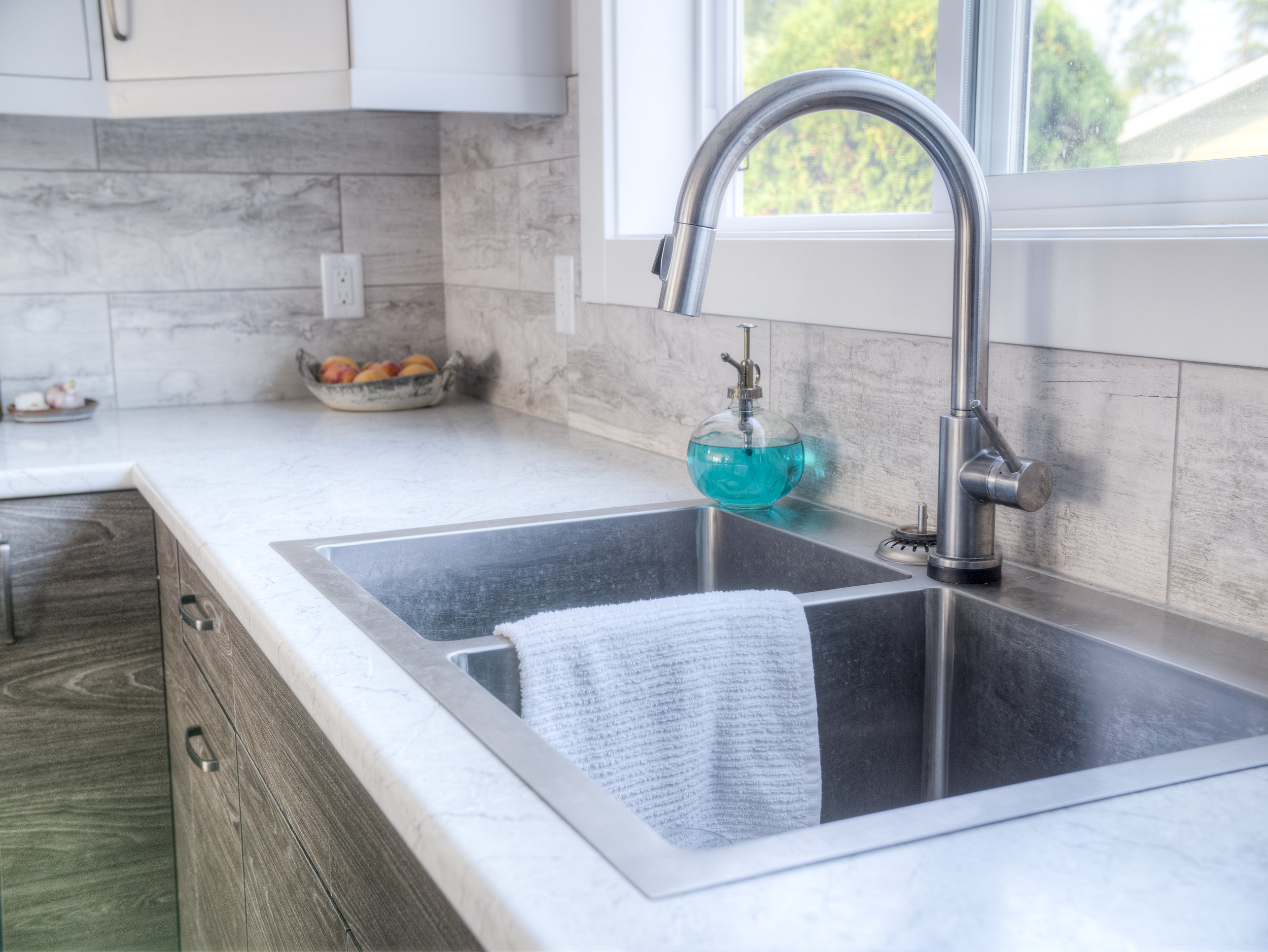 Kitchen SInk, Faucet and Fixtures