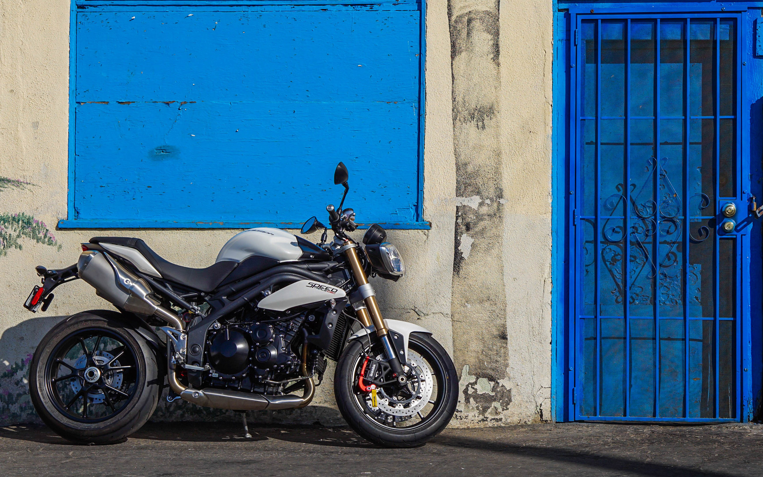 XRA Eurosport on a Triumph Speed Triple