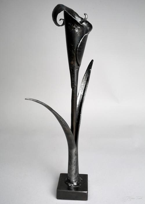 ryantuckblacksmith.calililly.sculpture-5.jpg